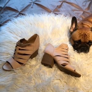 Cupid creme shoes